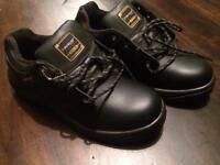 Safety boots dunlop 11.5