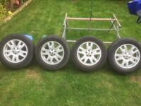 Freelander 2 2006 on alloy wheels x4