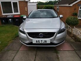 volvo v 40 D4 Nav lux SE low milage Panoramic roof leather Auto Cat D repaired .