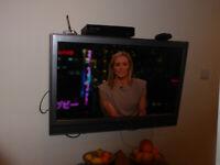 Sony Bravia LCD Digital TV & Remote & Stand & Instruction Manual KDL-37P3020