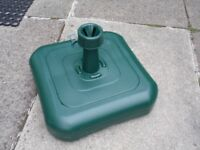 New Dark Green Plastic Parasol Base