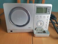 MC-DX220i Micro Hi-Fi Stereo System: Subwoofer, CD Player, Radio, iPod Dock