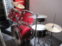 7 piece drum kit and stool