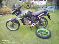 ZONTES SCORPION 125cc MOTORBIKE - £150.00 for SPARES OR REPAIR