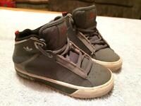 ## Adidas grey size 8 trainers ##
