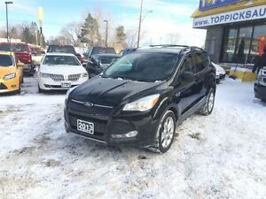 2013 Ford Escape SE AWD, LEATHER, NAVIGATION, 2.0 LITRE, BACK UP