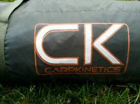 Hi for sale Carpcinetics fishing tent in used condition! Can deliver! Thank you