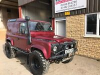 Land Rover Defender 90 2.5 Td5. Loads of mods. Only 48k! 3 month warranty