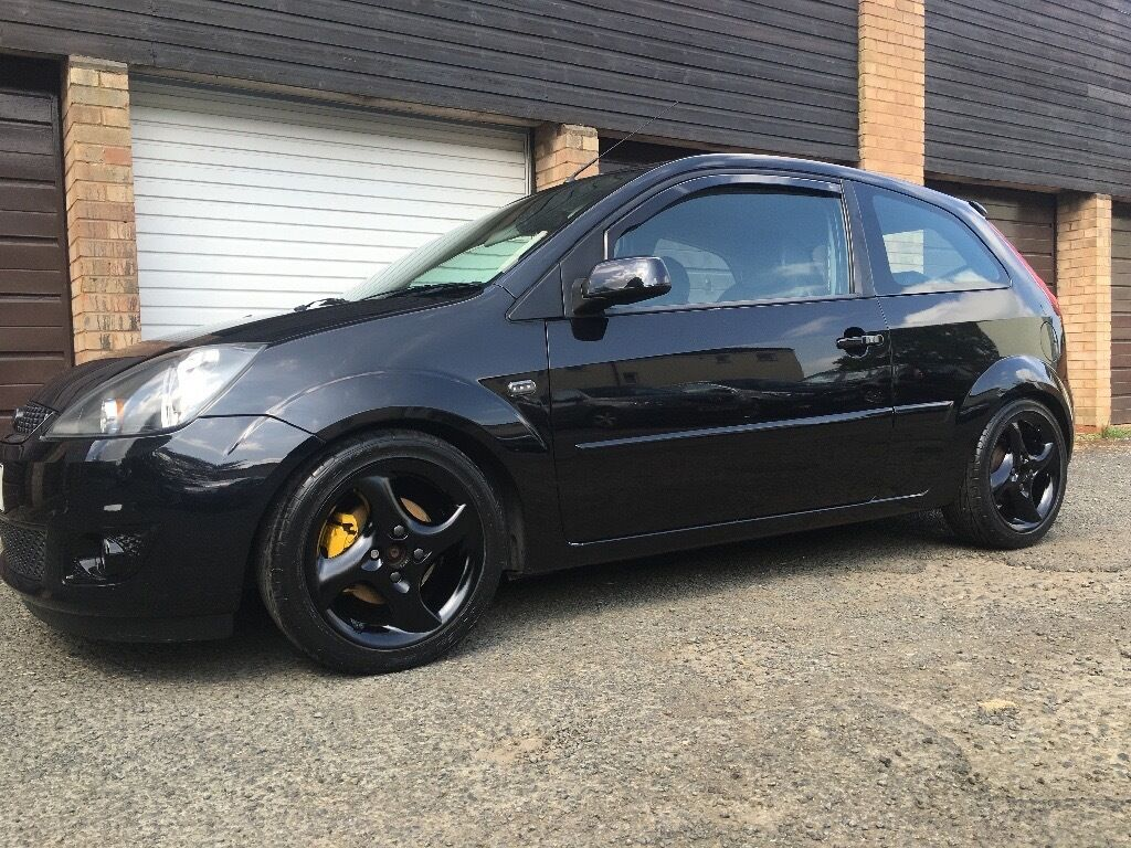 ford fiesta mk6 facelift modified in redditch. Black Bedroom Furniture Sets. Home Design Ideas