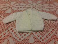 BEAUTIFUL HAND KNITTED BABY CARDIGANS AND JACKEÞS