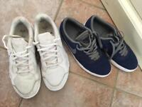 Boys trainers 5.5