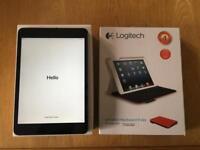 iPad Mini 2 32GB Space Grey with Keyboard Case