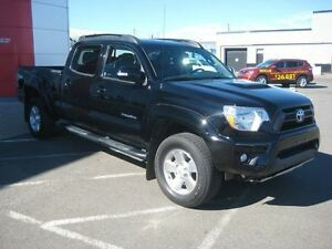2015 Toyota Tacoma V6 | Lots to offer!