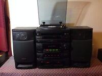AIWA stereo System w/ twin-tape/5CD/Radio/Turntable