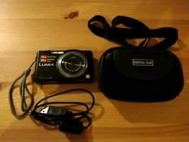 Panasonic LUMIX DMC-SZ7 + case