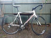 "Cannondale Synapse 7 Sora Alloy 2013 road bike - 56"" Frame - White"