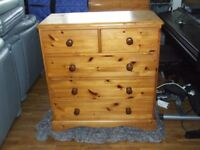 chest of drawers solid thick quality pine 5 dr chest very good condition free edinburgh delivery