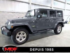 2014 Jeep Wrangler Unlimited Sahara ** VENDU **