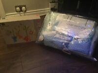 Nursery bedding Clare de lune and jungle musical mobile