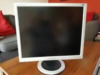 "Samsung 19"" PC monitor"