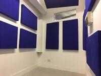 SPACIOUS & BRIGHT MUSIC STUDIO / PRODUCTION ROOM / MEDIA EDITING SUITE in NE London, Zone 2 tube