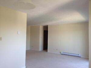 15 Greenwood Drive - Two Bedroom Apartment Apartment for Rent Stratford Kitchener Area image 7