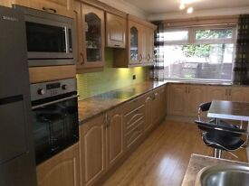 FULL KITCHEN AND APPLIANCES NOW REDUCED