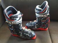 SALOMON X-max 100 (size 26.5 UK 8-9) Ski Boots + Carry case
