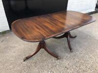 Mahogany extendable table