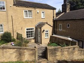 Quirky cottage in secluded and desirable part of Brighouse to rent - now a Private Letting
