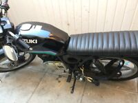 Suzuki 125 motorbike cafe racer