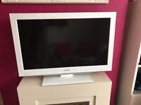 "Toshiba 32"" White TV/DVD Combi"