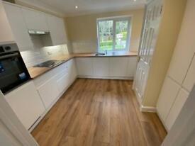 1 bedroom flat in Chapel Road, Hothfield, TN25