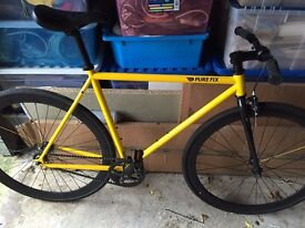 PureFix Bicycle Bike Road - Fixed or free gear - Almost new - Bicester - Adult Medium
