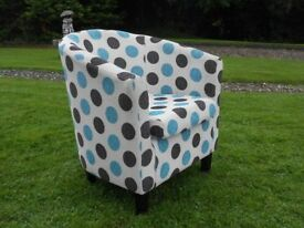 Spotty Tub Chair......Cool.