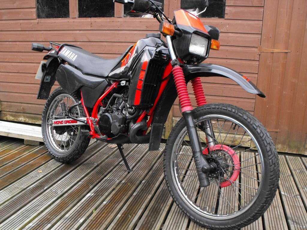 yamaha dtr 125 ypvs full power low miles px and delivery possible in harrogate north. Black Bedroom Furniture Sets. Home Design Ideas