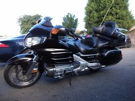 2010 GOLD WING 1800cc GL IN METALLIC GREY 17,300 MILES ONLY F.S.H MOTED AUGUST