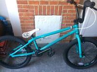 Saracen bmx bike