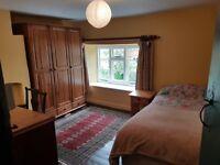 Double Room in Grade II* Cottage