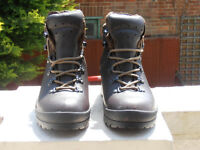 Scarpa Ladies Walking Boots, size 5.5.