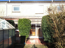 2 Bedroom House For Rent Central Carluke Spacious Unfurnished Garden, Patio & Shed