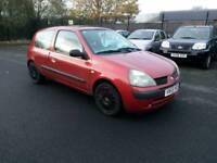 2005 Renault clio 1.2 petrol Full mot Very cheap to run and insurance
