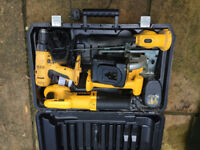 DeWalt 18v cordless drill, circular saw, torch and reciprocating saw with case