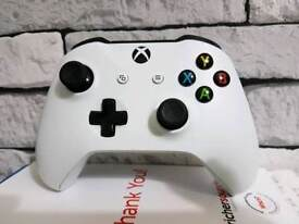 Xbox one controller in white