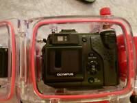 Waterproof Divers Camera. OLYMPUS C-5050zoom