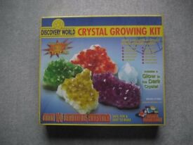 Discovery World Crystal Growing Kit NEW