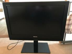 "Toshiba 32"" HD TV"