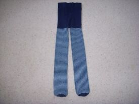 Girls tights Navy & light blue stripes Age 6-7 years.