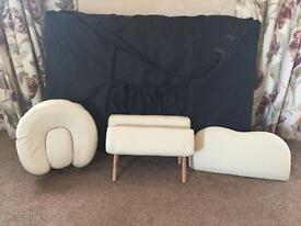 Portable beauty couch with accessories