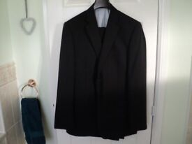 Charlton Gray Charcoal Dinner Suit